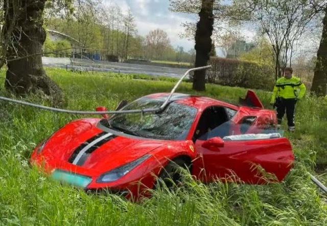 フェラーリ488ピスタ事故 2021-5-7