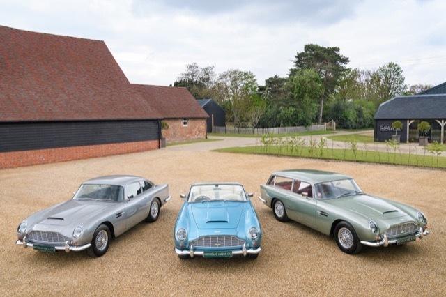 Three-Aston-Martin-DB5-5 2021-6-6