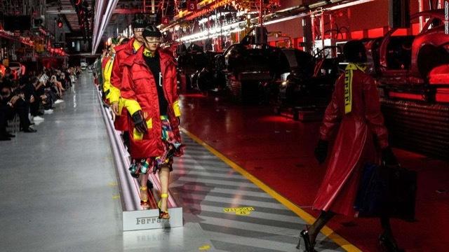 フェラーリファッションショー2 2021-6-14
