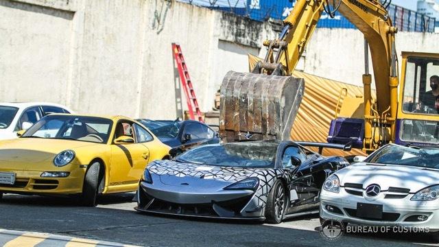 フィリピン 密輸 スーパーカー 破壊3 2021-6-19
