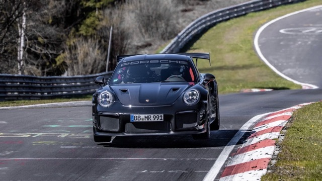 911 GT2 RS with Manthey Performance Kit2 2021-6-24