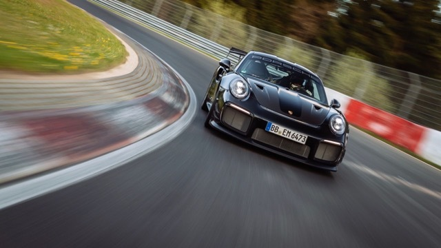 911 GT2 RS with Manthey Performance Kit3 2021-6-24