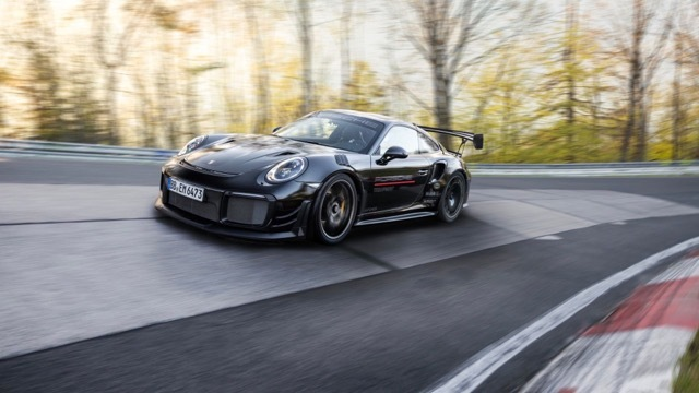 911 GT2 RS with Manthey Performance Kit5 2021-6-24