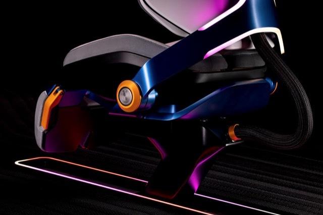 BMWゲーミングチェア4 2021-7-9