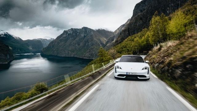 ノルウェー電気自動車1