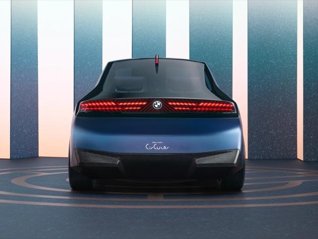 BMWiビジョンサーキュラー7 2021-9-6