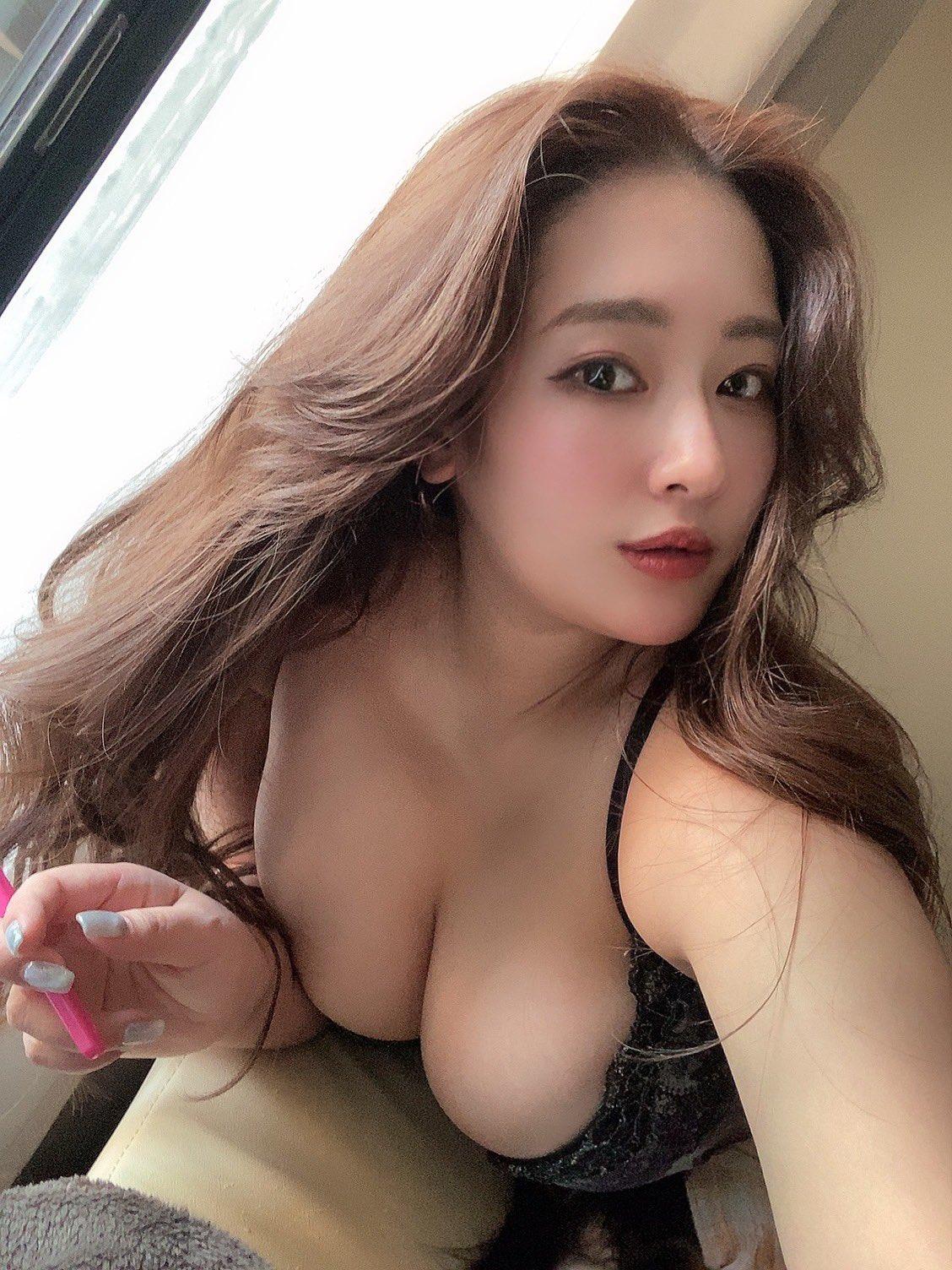 akiyama_kaho229.jpg