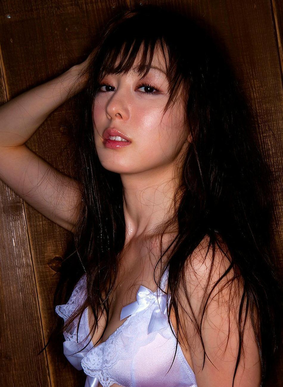 akiyama_rina222.jpg