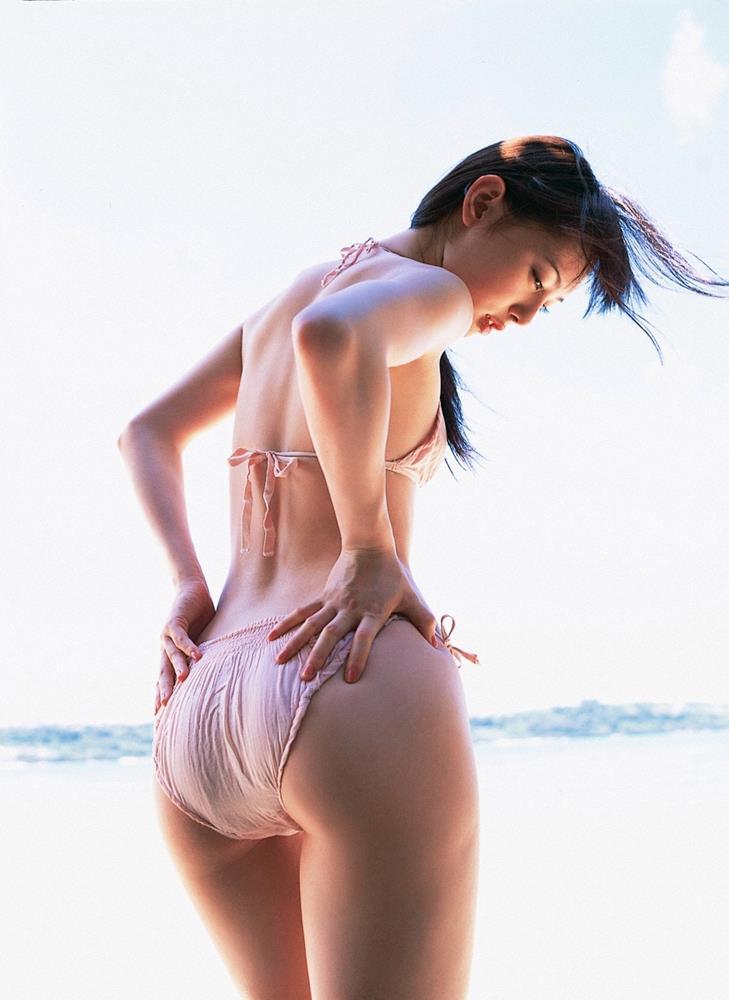 akiyama_rina231.jpg