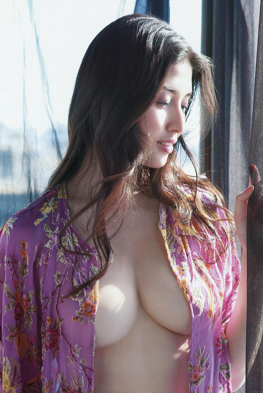 hashimoto_manami213.jpg