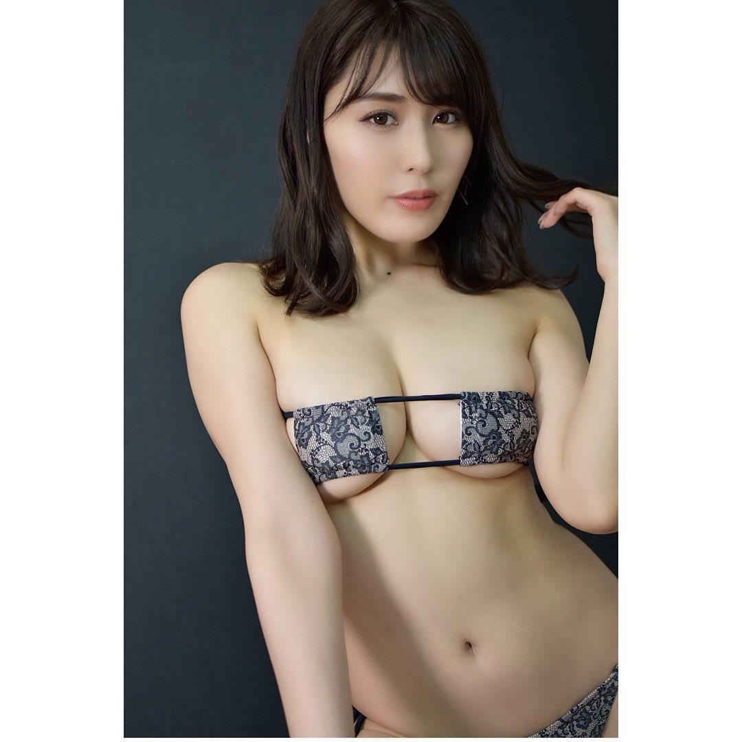 kaneko_satomi180.jpg