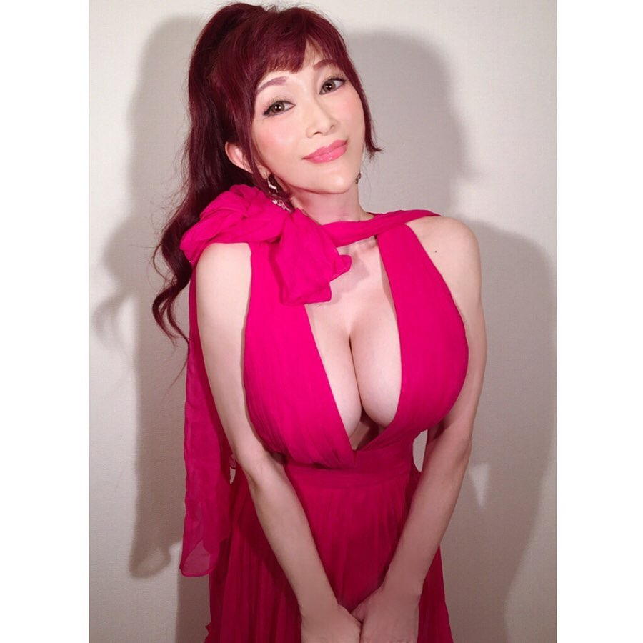 kanou_mika177.jpg