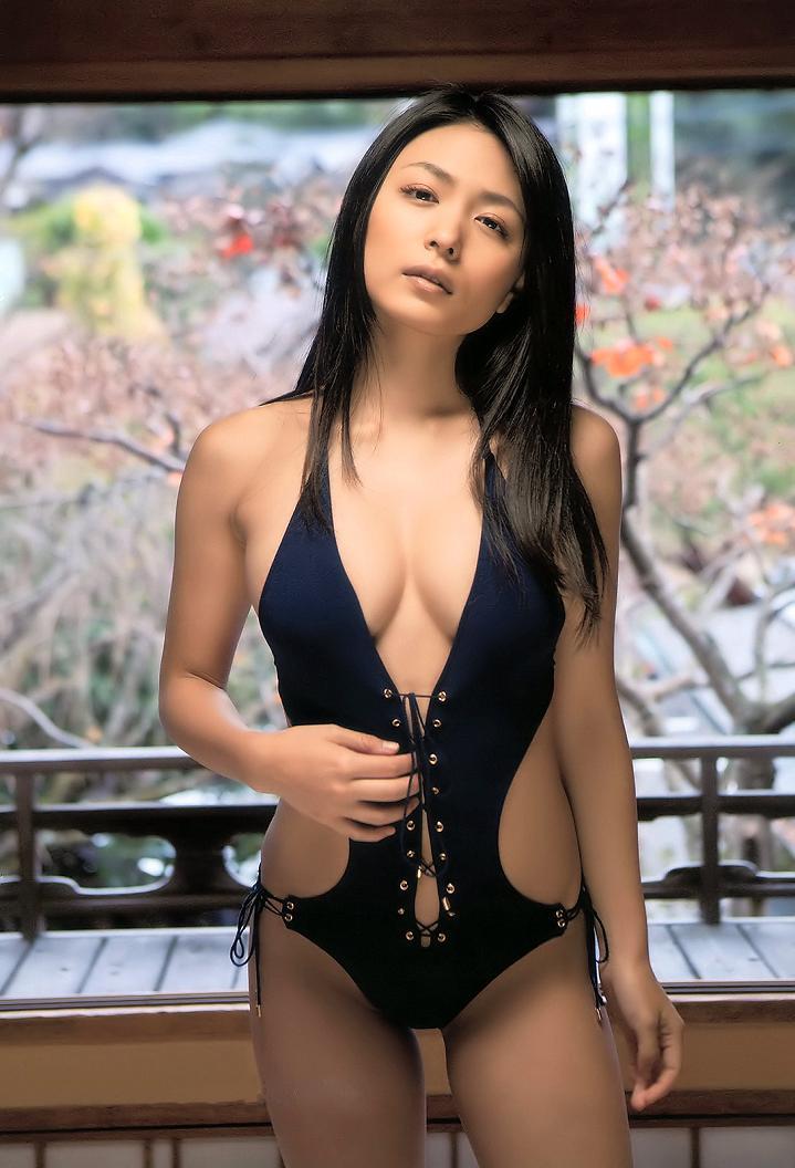 kawamura_yukie246.jpg