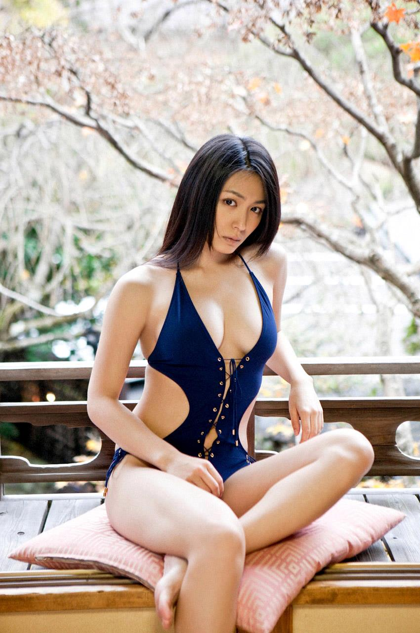 kawamura_yukie253.jpg