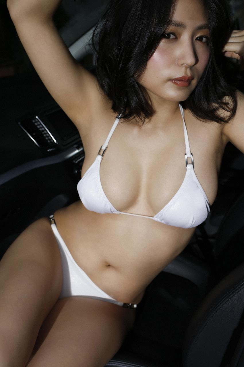 kawamura_yukie260.jpg