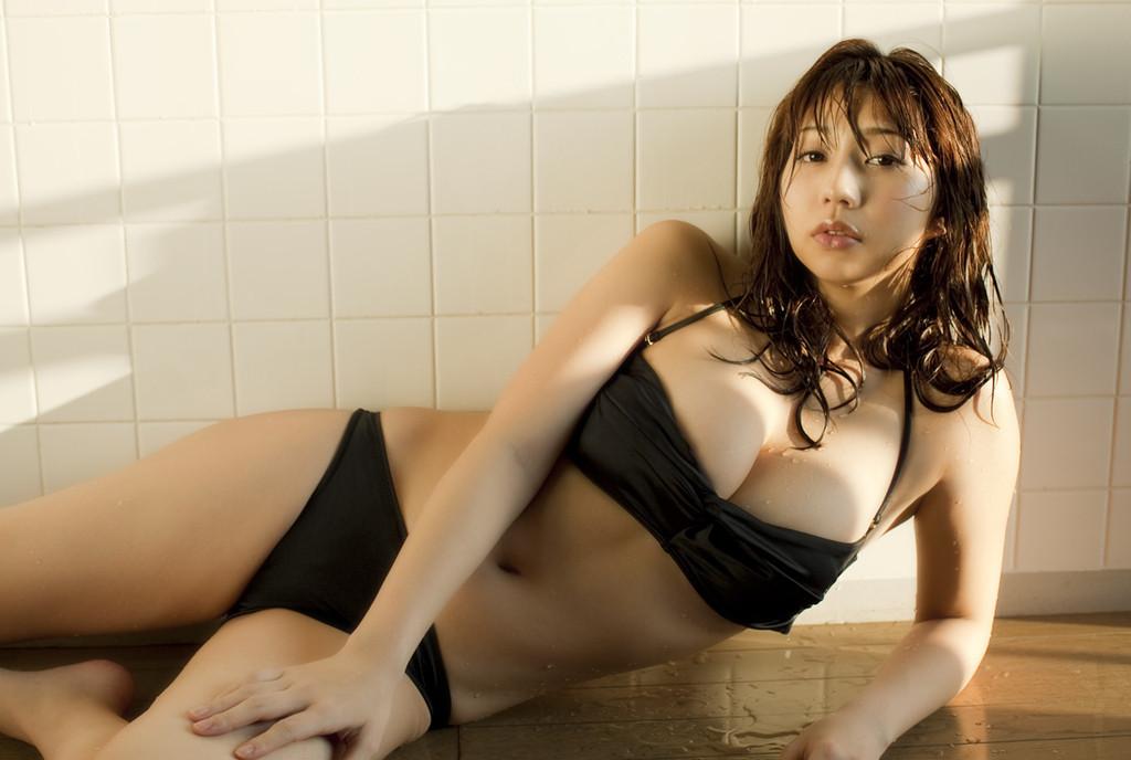 koizumi_maya229.jpg