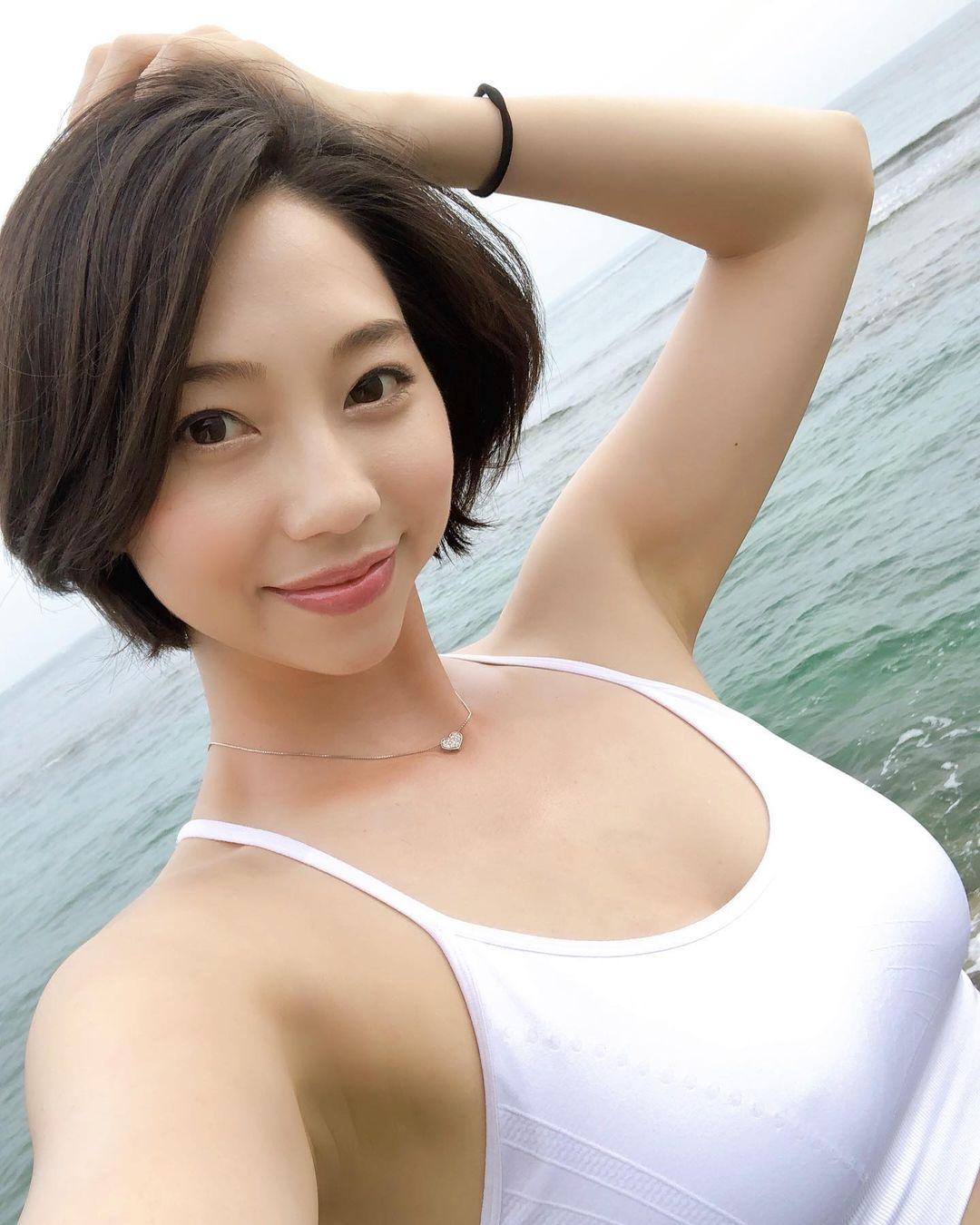 koizumi_maya239.jpg
