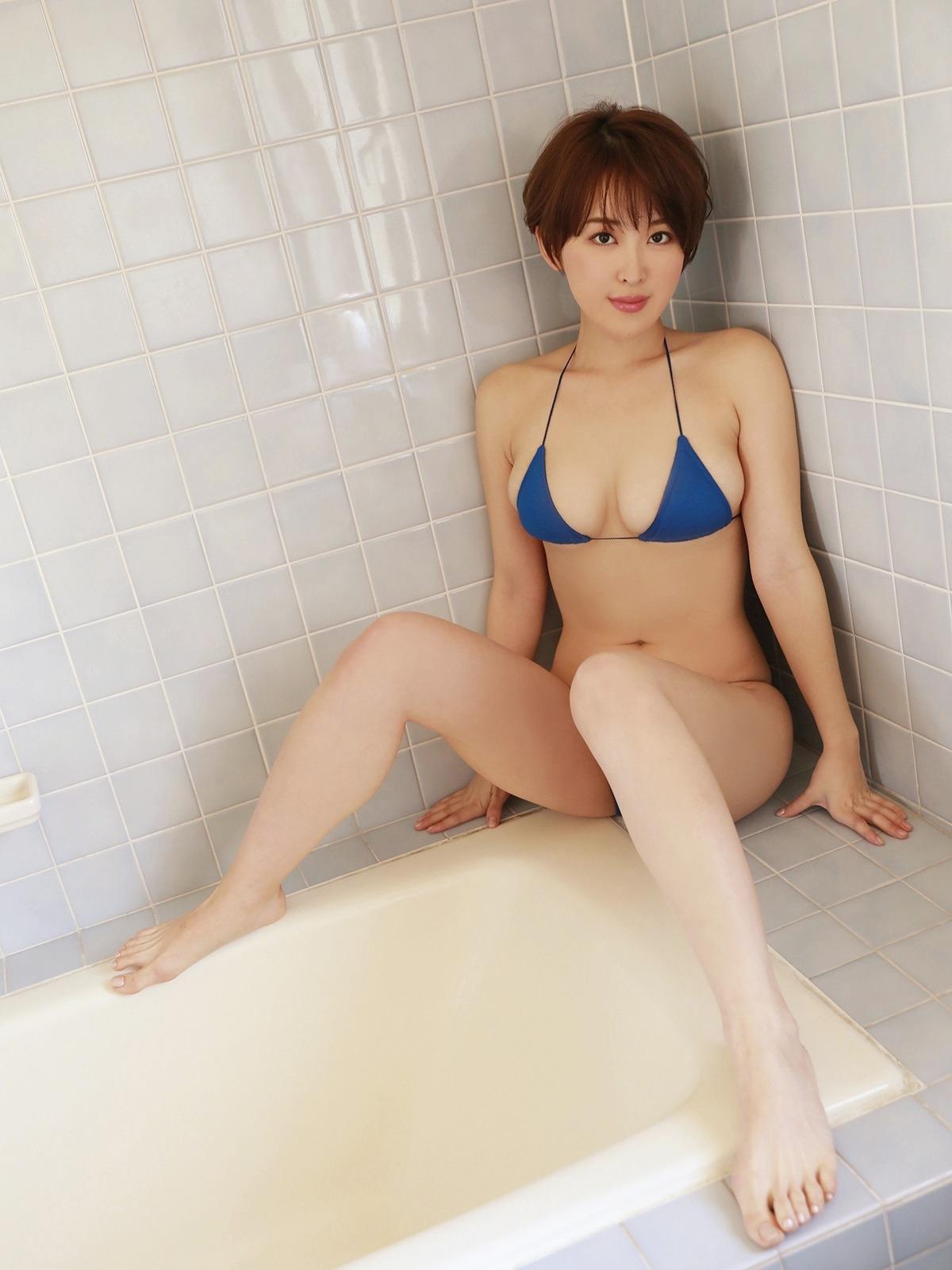 oshino_sara187.jpg