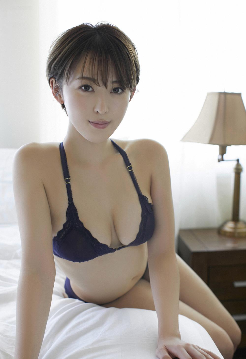 oshino_sara200.jpg