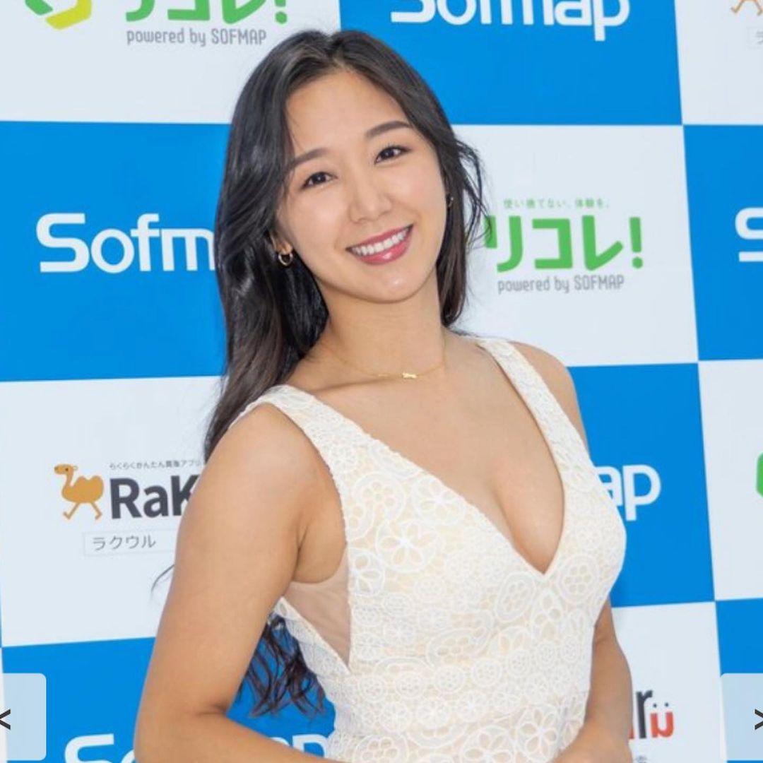 sawayama_rina117.jpg