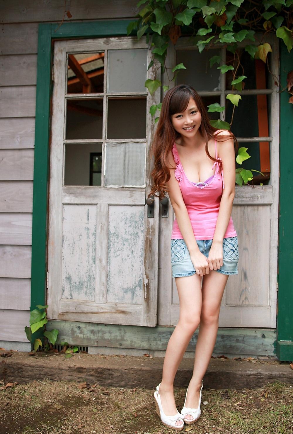 sugihara_anri359.jpg