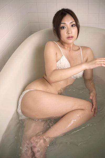 tatsumi_natsuko196.jpg