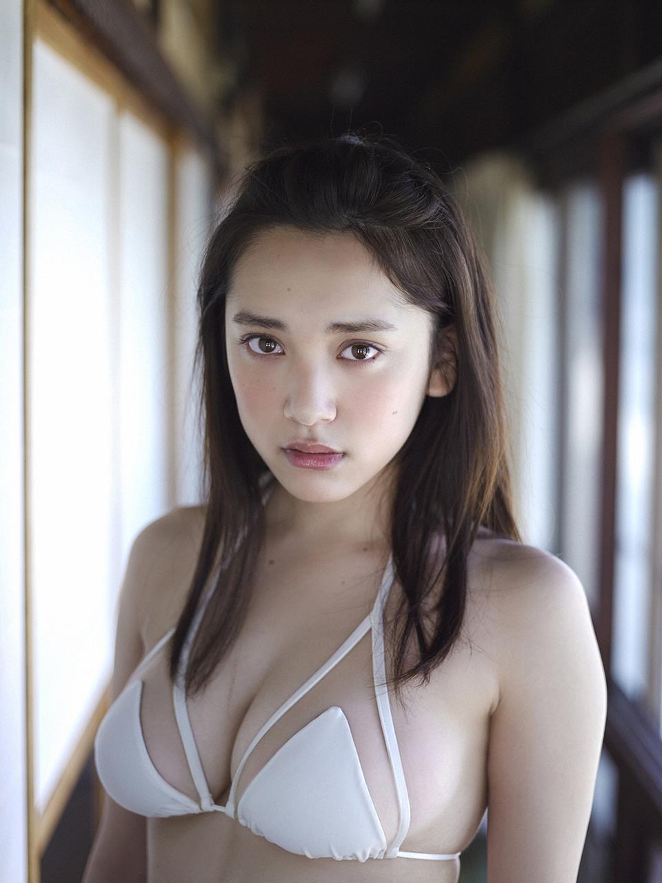 tomaru_sayaka165.jpg