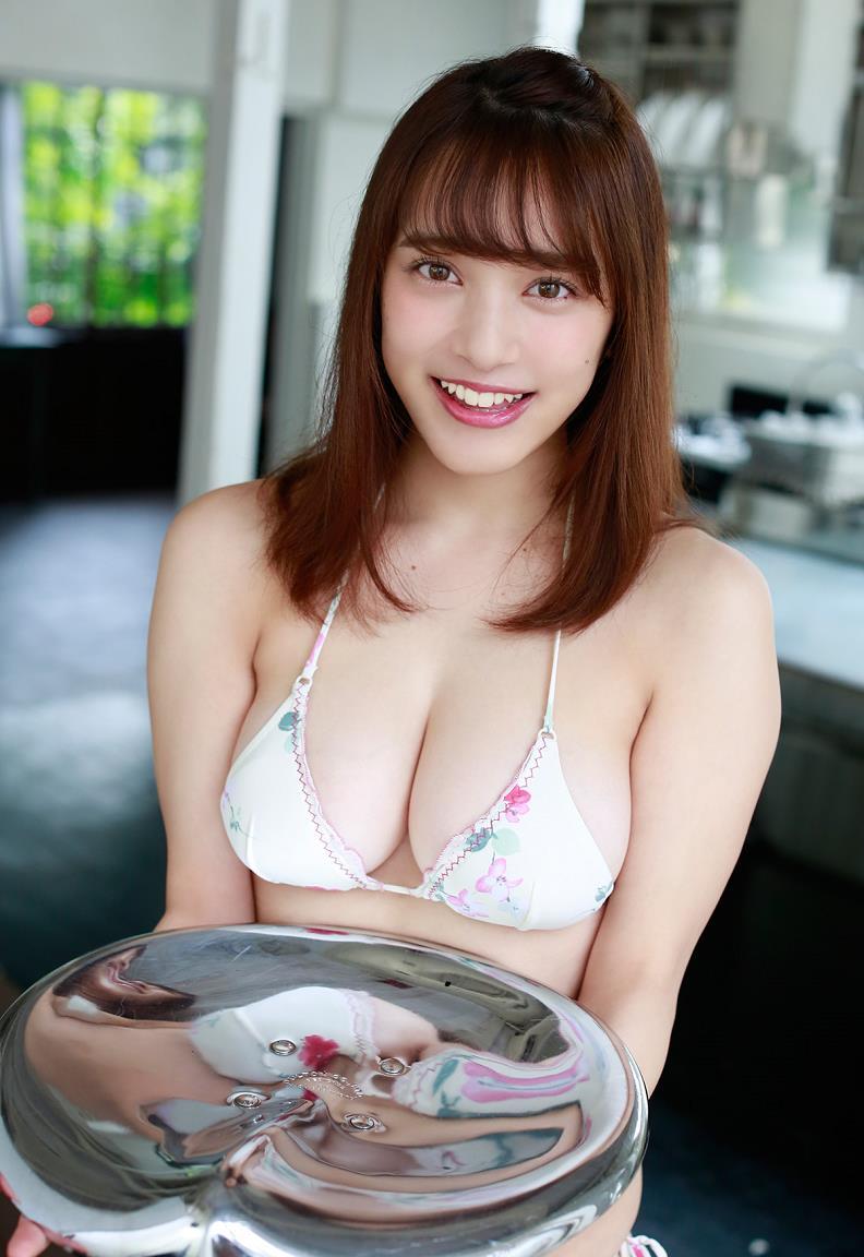 tomaru_sayaka180.jpg