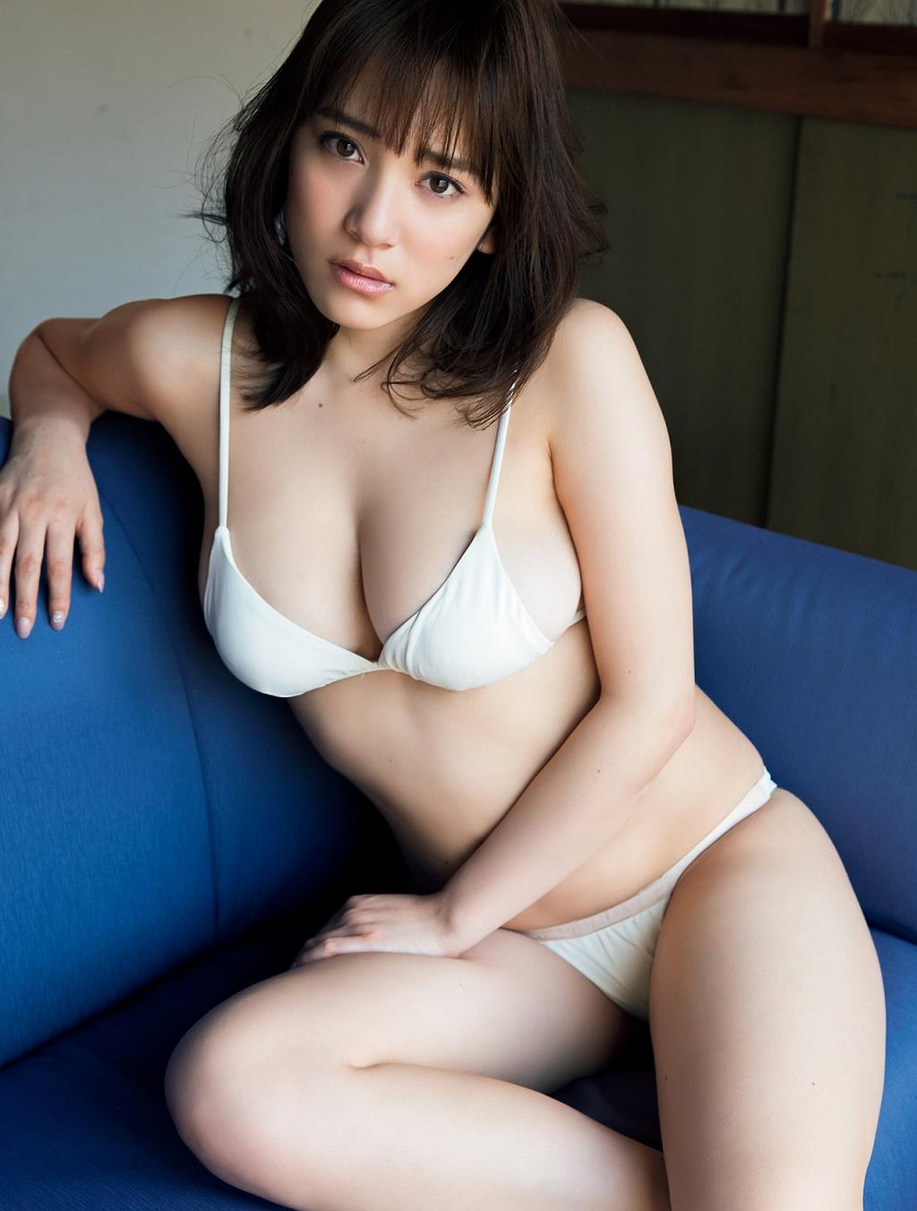 tomaru_sayaka185.jpg