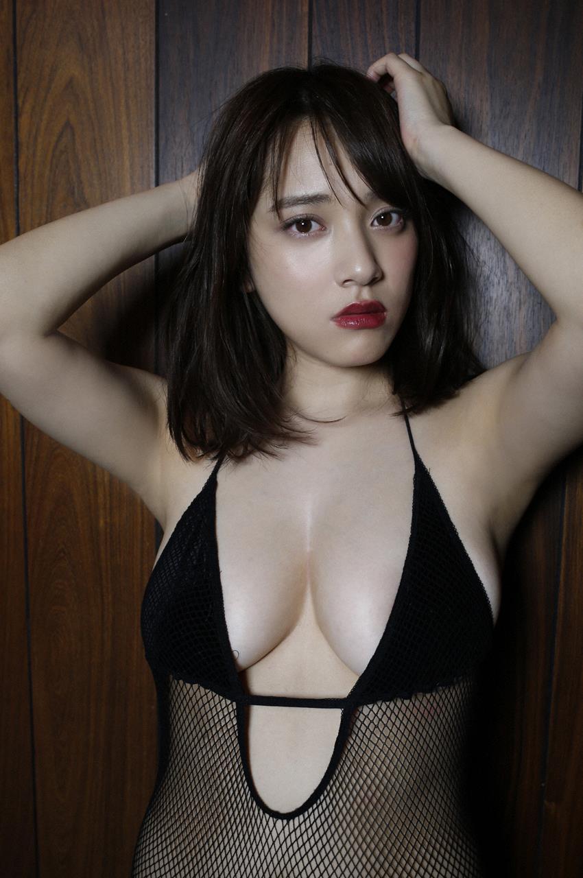 tomaru_sayaka188.jpg