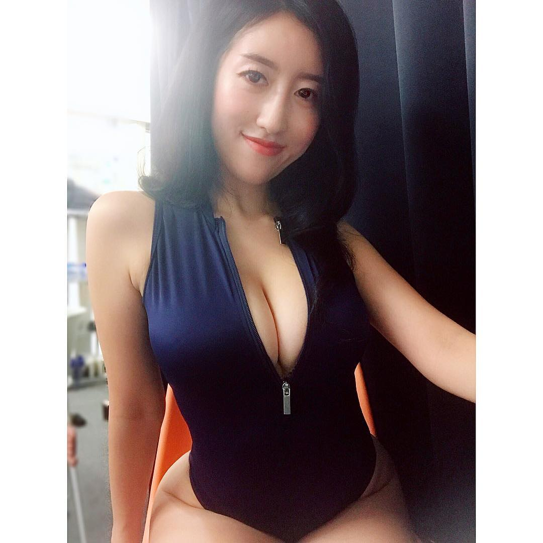 tsukigami_marina144.jpg