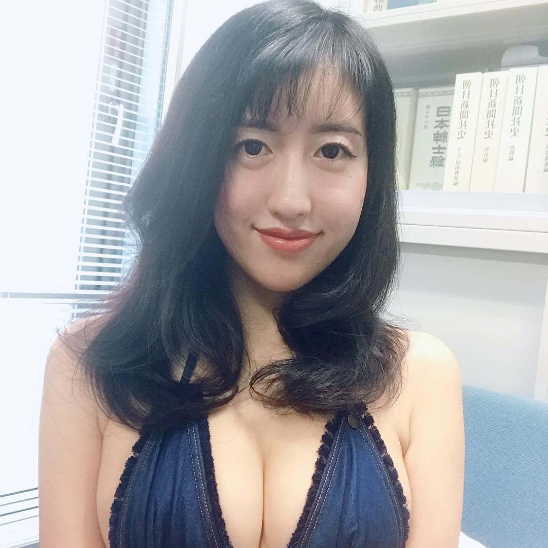 tsukigami_marina151.jpg