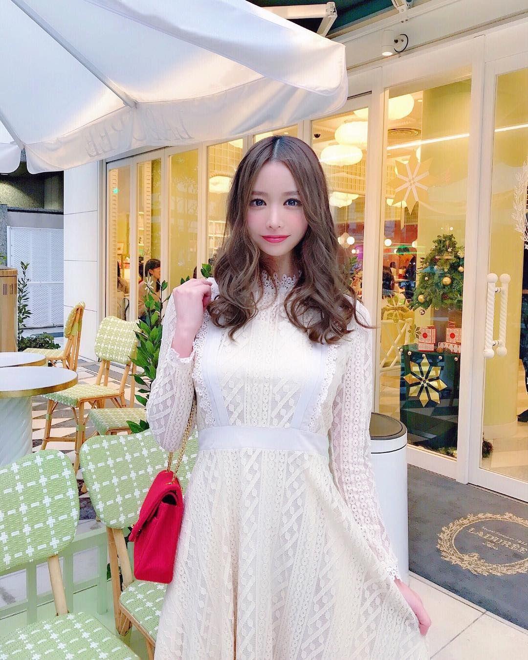 yoshimi_iyo261.jpg