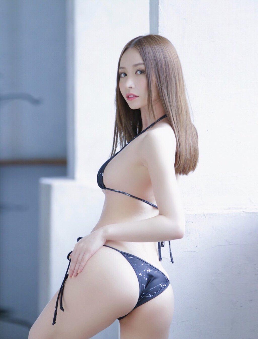 yoshimi_iyo265.jpg