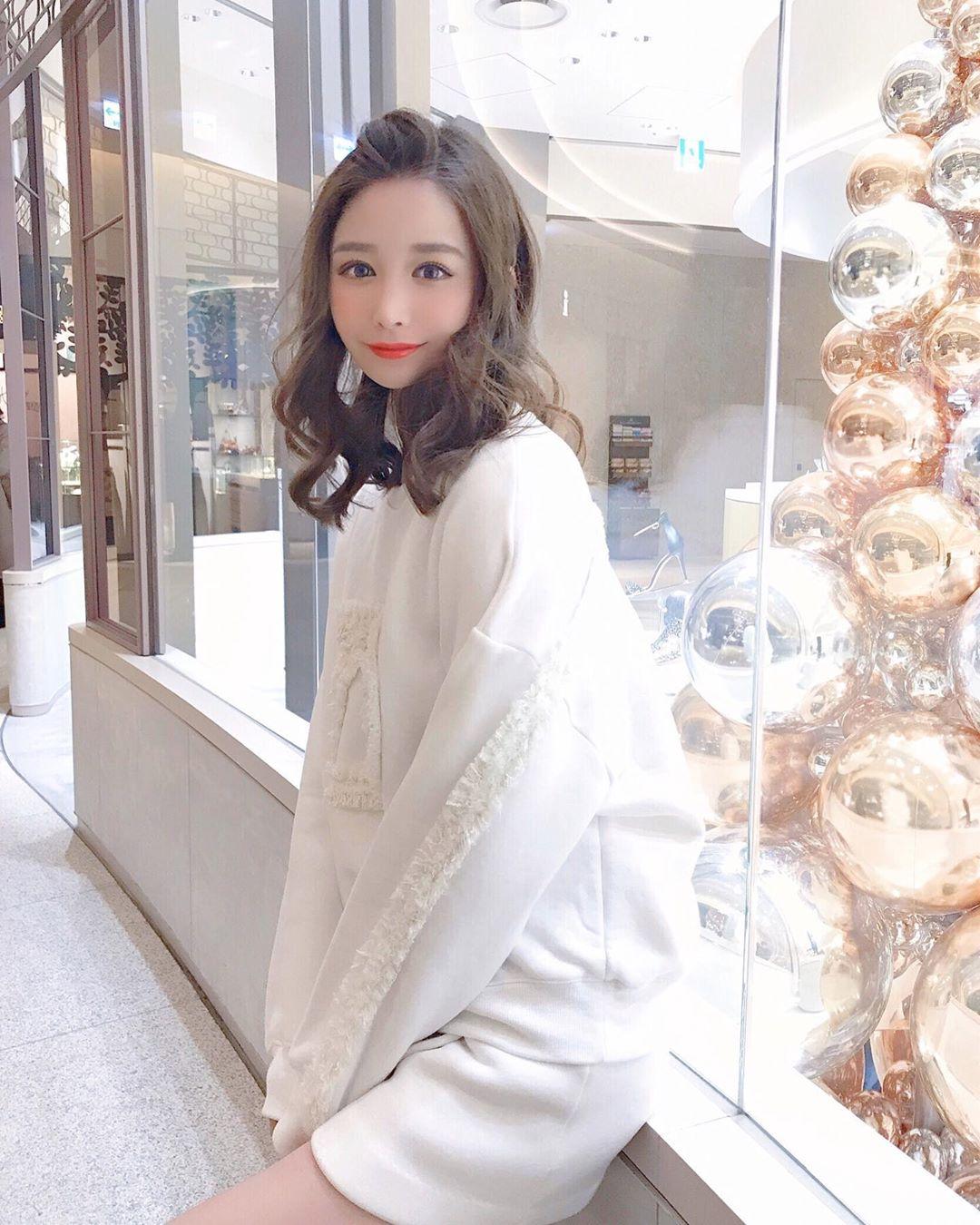 yoshimi_iyo277.jpg