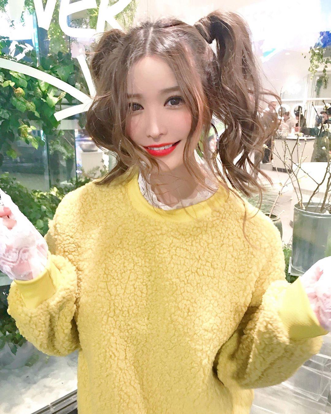 yoshimi_iyo279.jpg