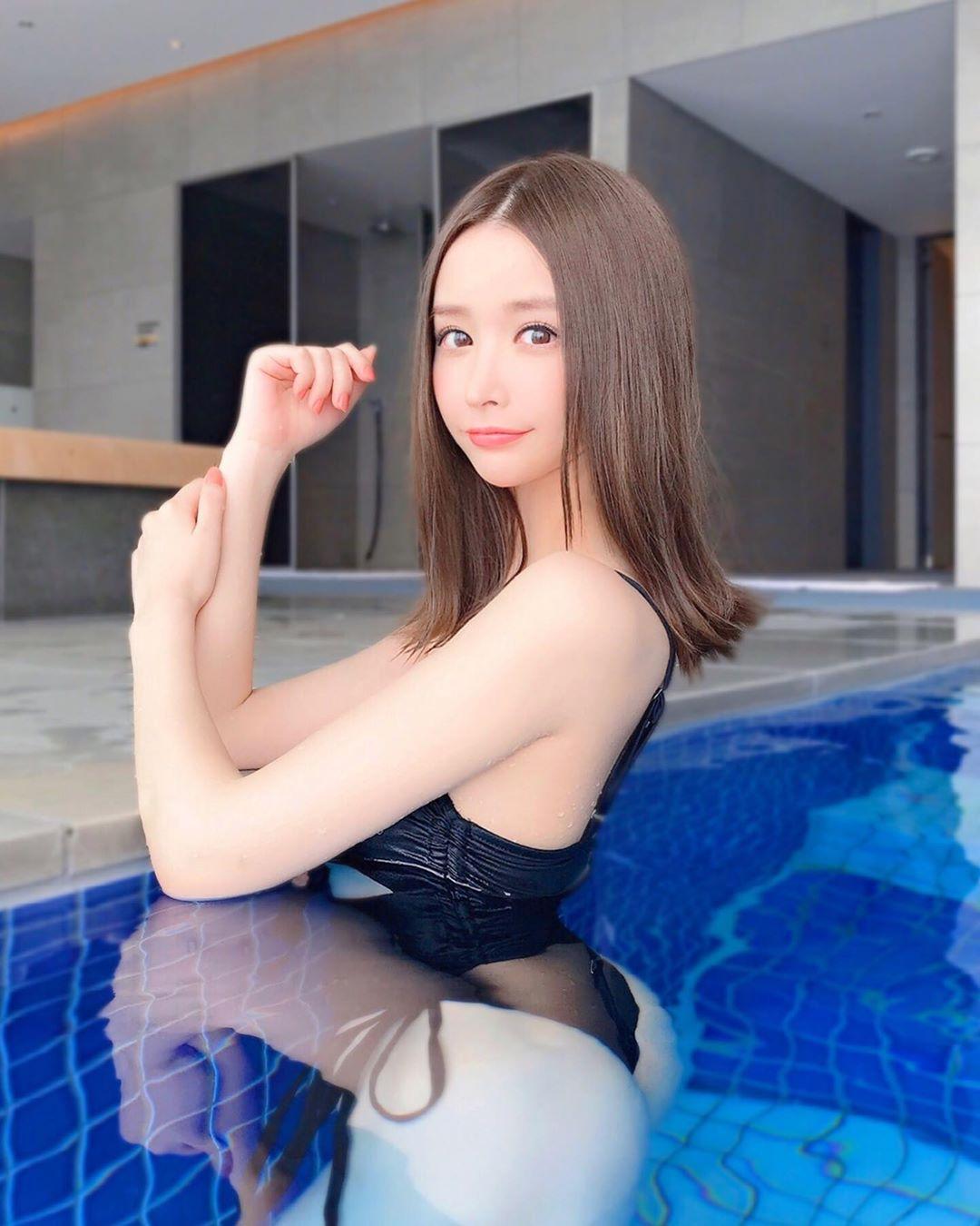 yoshimi_iyo280.jpg