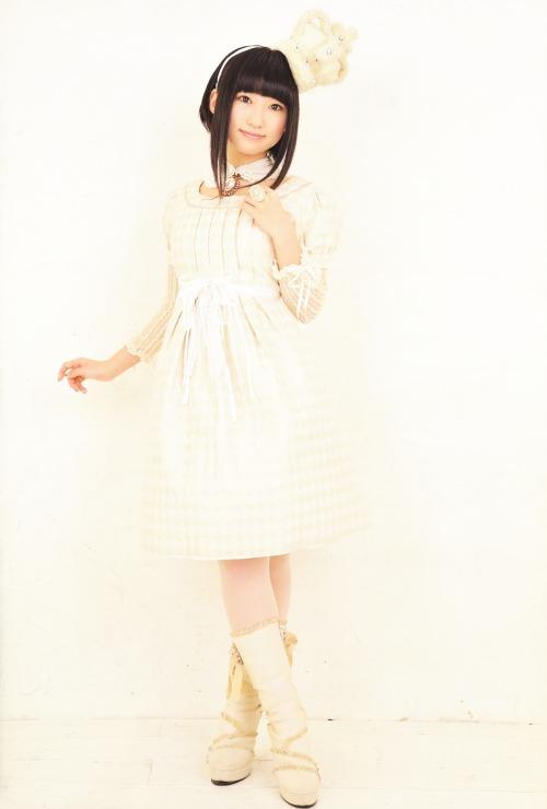 yuuki_aoi128.jpg