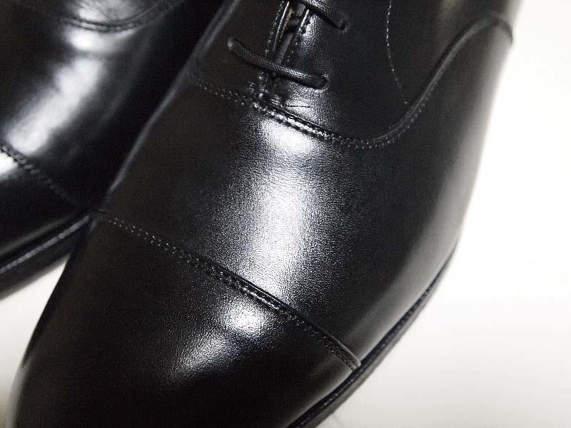 ひび割れさせない革靴の履き方2