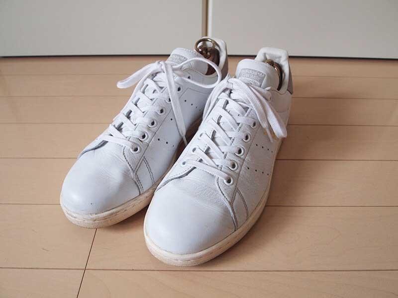 アディダス_スタンスミス靴紐交換1
