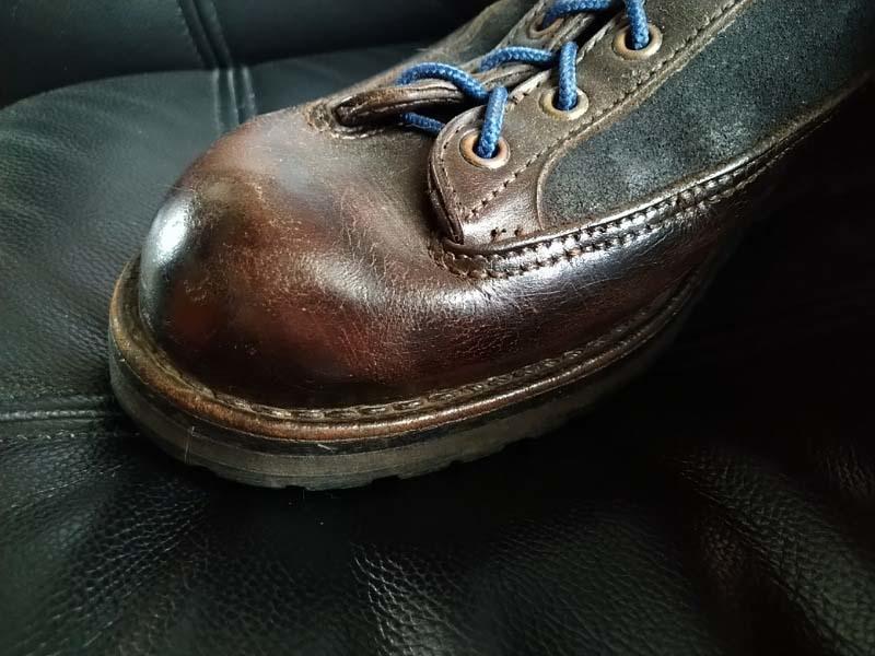 革靴写真_ひび割れ_ダナー2