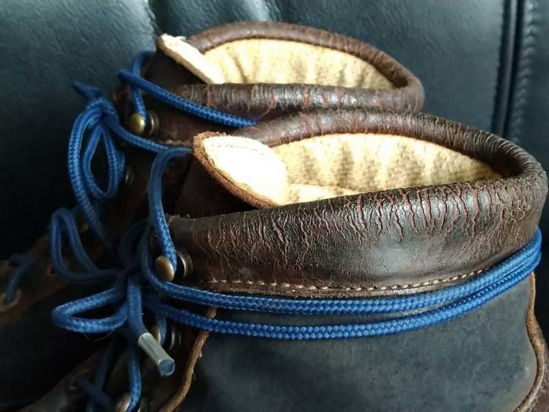 革靴写真_ひび割れ_ダナー4