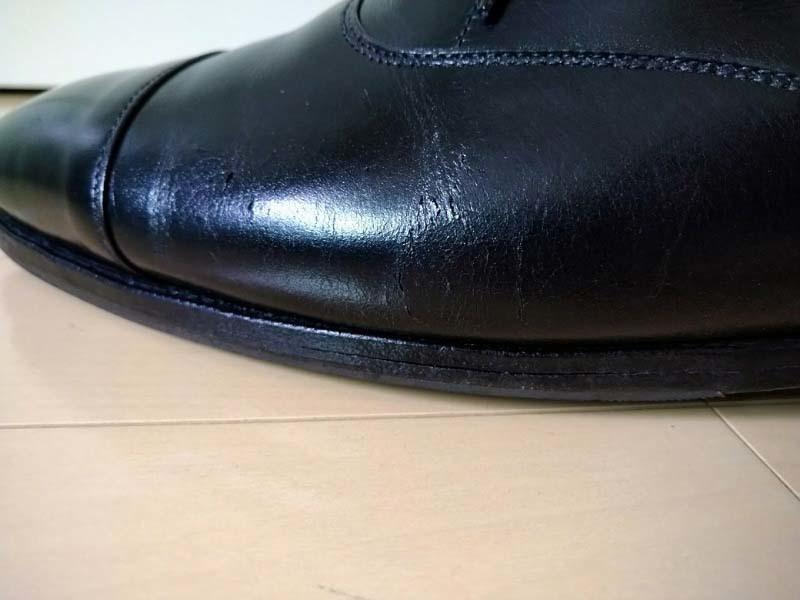 革靴写真_ひび割れ_コノート3