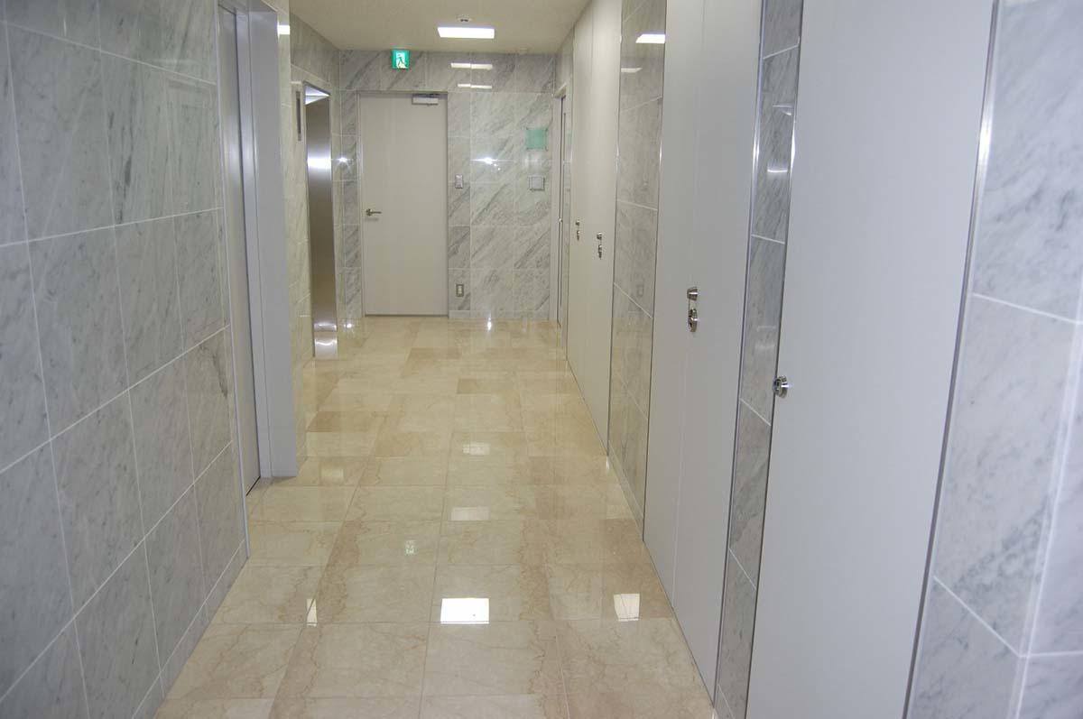 オフィス廊下