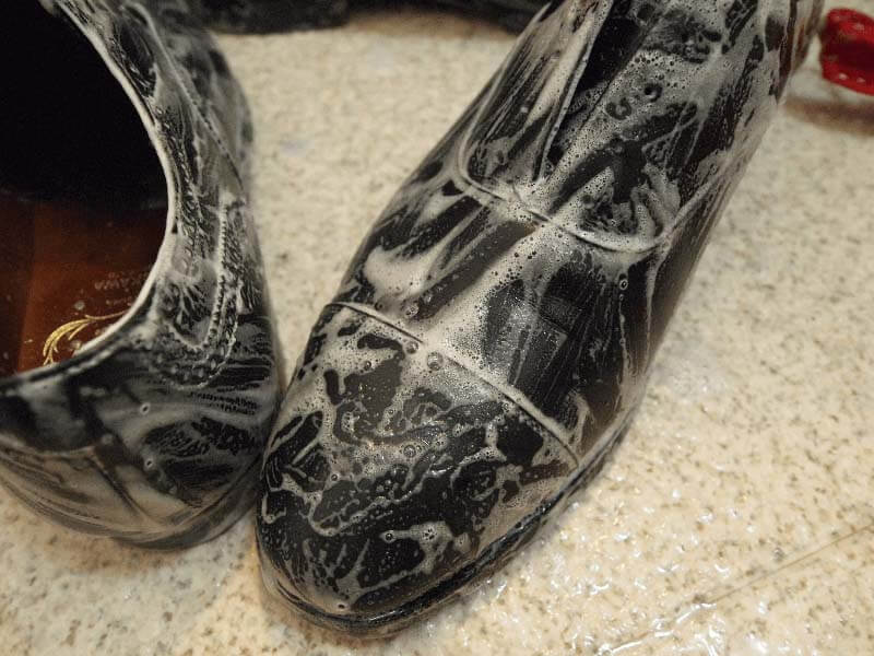 ひび割れさせない革靴の洗い方手順4-1