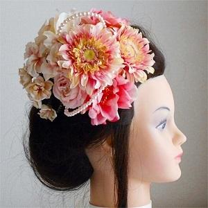 結婚式髪飾り・ピンクガーベラとピンクローズとパールビーズでモダンスタイル