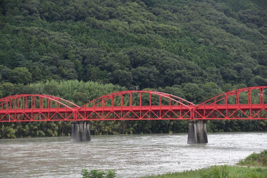 雨の美馬橋2