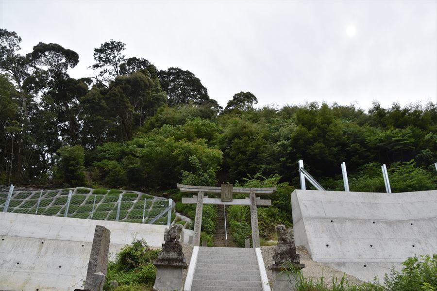 神明神社3