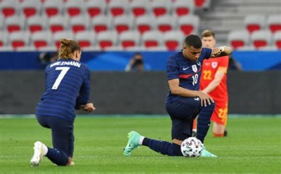 I take the knee so Im not a racist thinks Griezmann