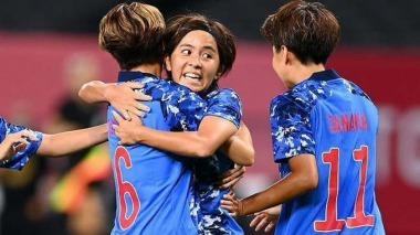 Japan [1]-1 Canada - Mana Iwabuchi goal